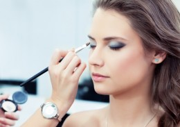 Vakara make-up
